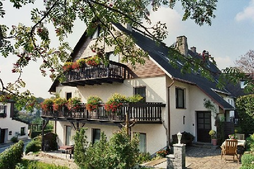 Ferienwohnung und Ferienhaus